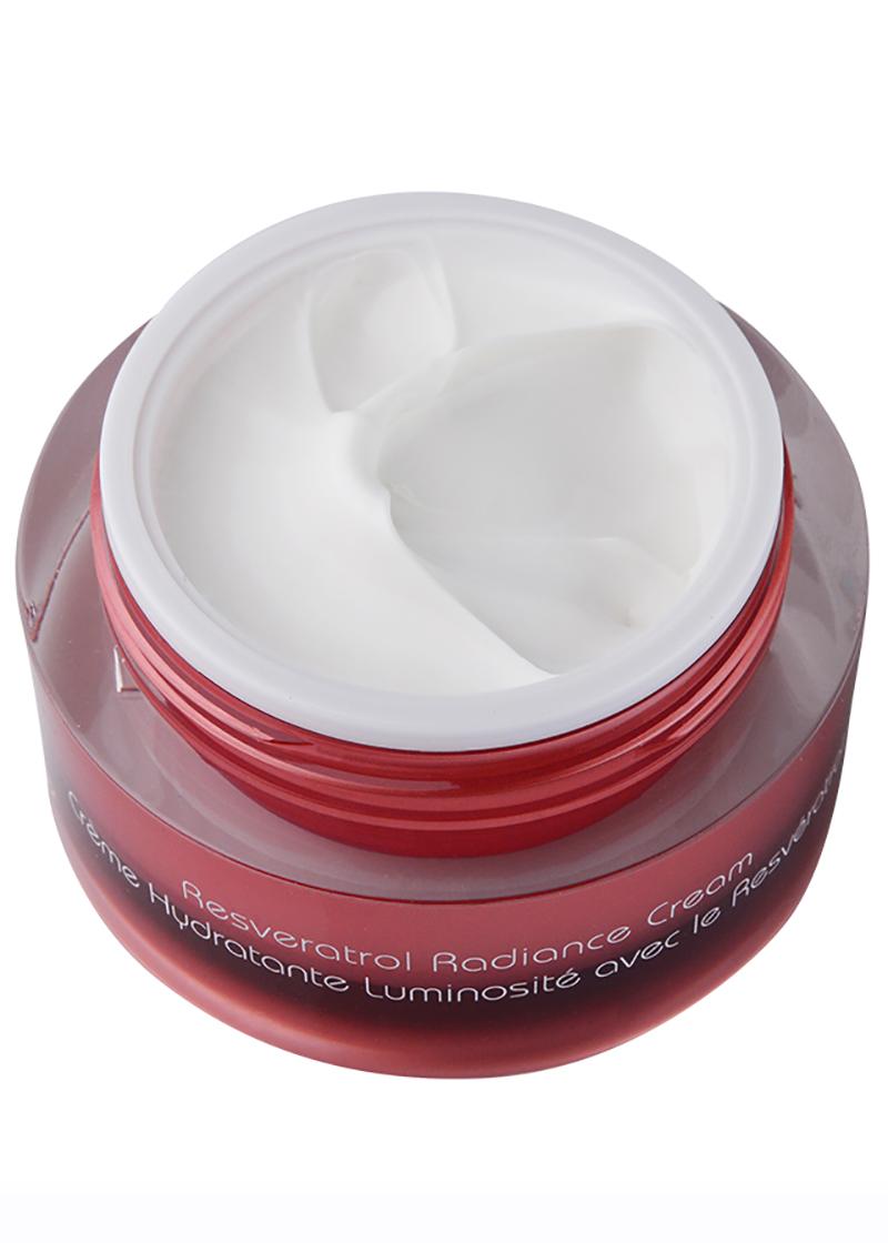 Vine Vera Resveratrol Radiance Cream SPF 30 with it's lid removed